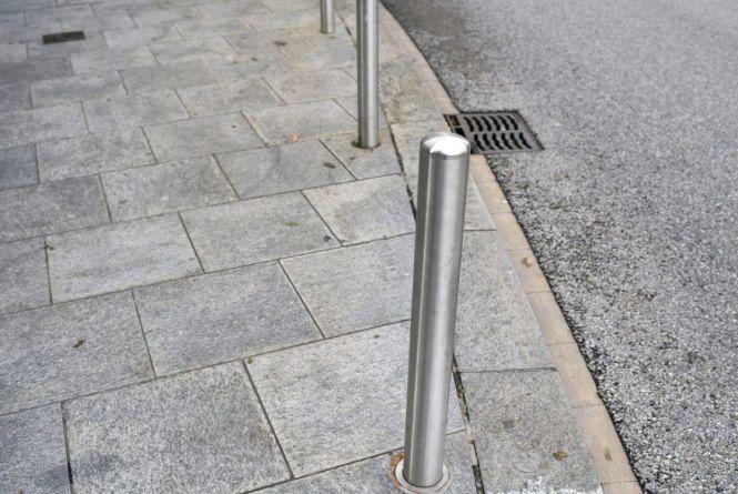 Житомиряни просять владу підвищити безпеку на тротуарах