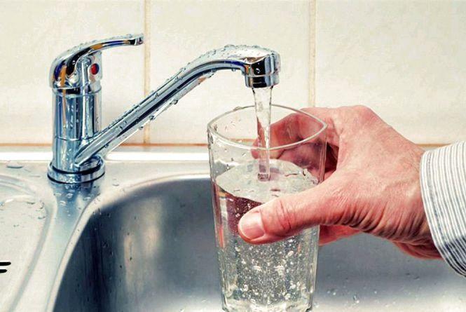 У питній воді в Житомирі виявили порушення мікробіологічних показників