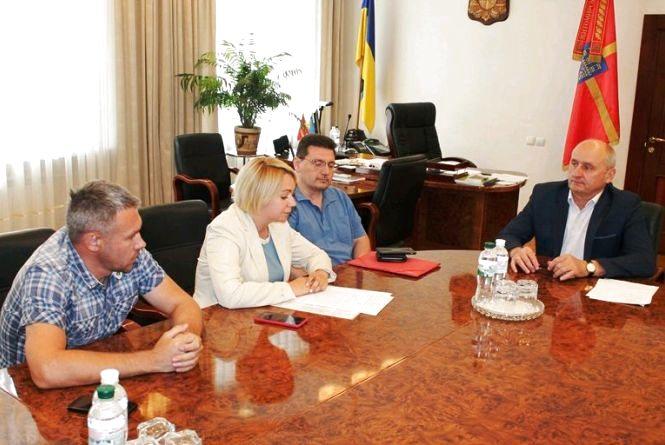 Голова обласної ради та заступниця міністра України у справах ветеранів обговорили питання реабілітації військовослужбовців