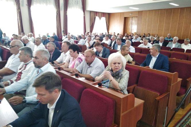 Розпочалася сесія обласної ради: до розгляду депутатів - понад 30 питань
