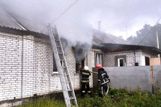 У Житомирі через коротке замикання горів будинок на трьох господарів