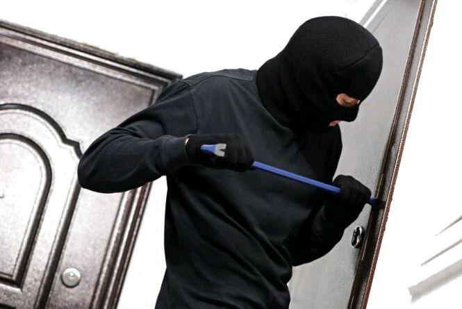 У Житомирі поліцейські викрили крадіїв-рецидивістів