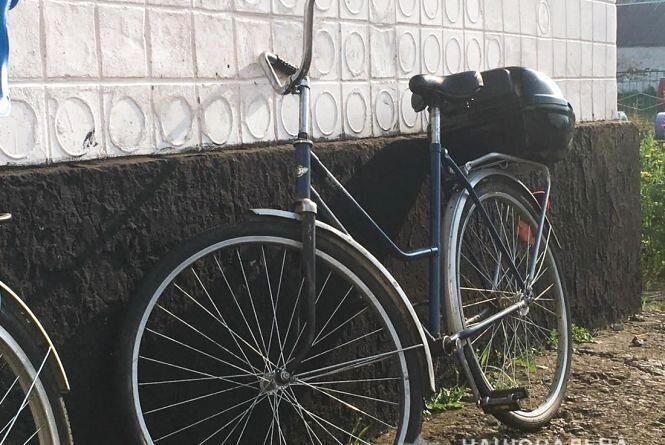 Один велосипед - добре, а два - краще: на Попільнящині велосипедист намагався вкрасти ще один велосипед