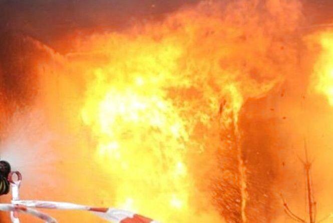 На пожежі в оселі врятували жінку
