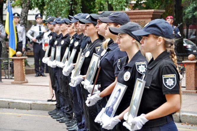 Поліцейські Житомирщини вшанували пам'ять загиблих колег. ФОТО