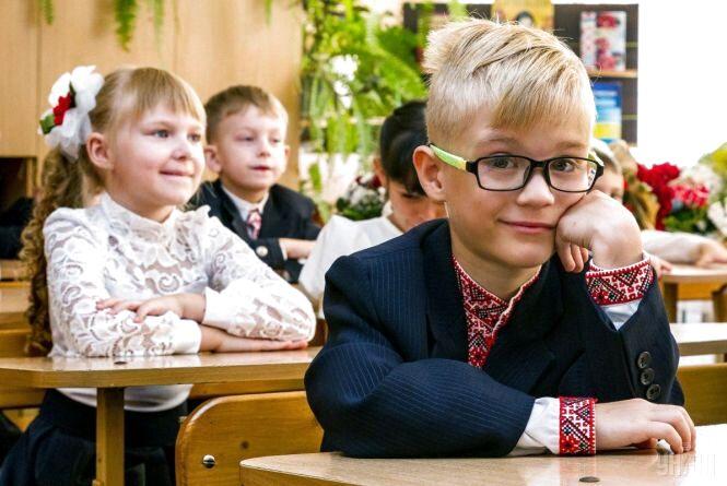 Хамство, погрози та наміри департаменту: нові подробиці реорганізації шкіл на Польовій