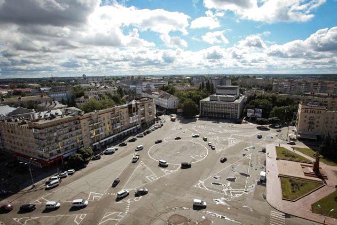 Житомиряни просять повернути попередню розмітку на площі Соборній
