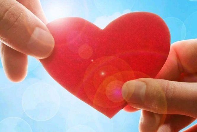 Для порятунку маленької Олі Дзядович в Житомирі організували благодійну кампанію #save_olya_chalenge