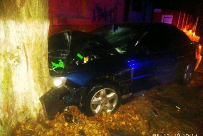 ДТП у Коростені: для визволення пасажира з автівки залучали рятувальників