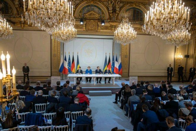 До питання відновлення Україною повного контролю над державним кордоном сторони повернуться на наступній зустрічі «Нормандської четвірки» – президент