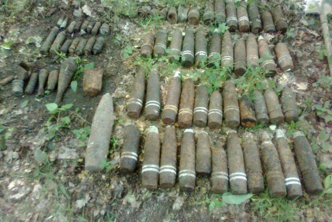 На горищі хати-пустки в Брусилівському районі знайшли цілий арсенал боєприпасів