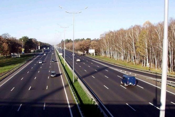 Уряд затвердив Дорожню стратегію-2020: за рік відремонтувати не менше 4 тис. км доріг