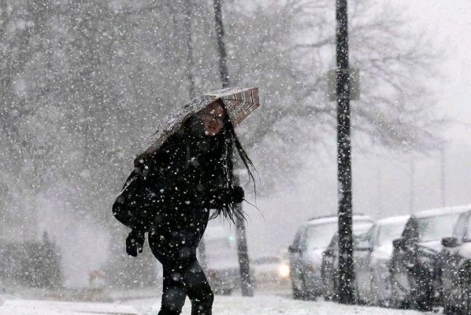 Морозів не буде, але синоптики очікують сніг та сильний вітер