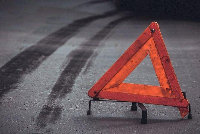 У Ружинському районі у результаті перекидання позашляховика травми отримали водій і пасажир