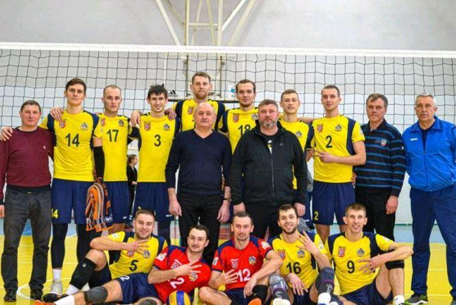 Волейбольні клуби  Житомира перемогли у чергових етапах змагань