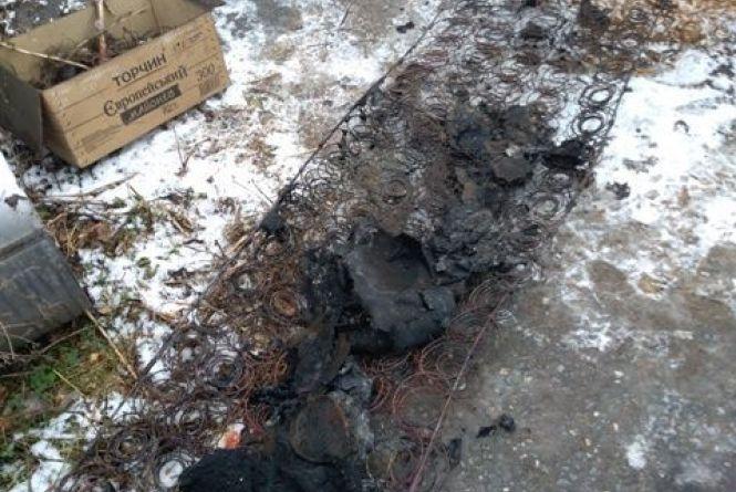 Знову недопалок став причиною загибелі чоловіка: цього разу у Пулинському районі