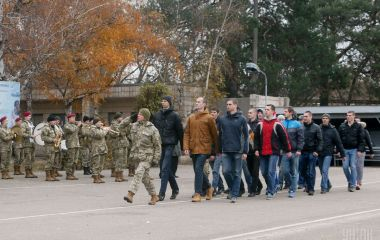 З 12 класу – в армію: президент Зеленський зменшив призовний вік до 18 років