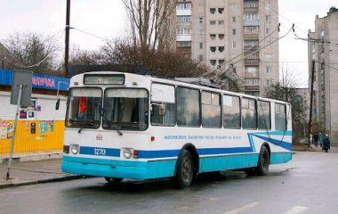 Через ремонт водогону  рух тролейбусів №7 та №8 призупинять, автобуси пустять в обхід